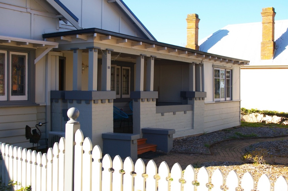 front porch of residential pain work orange nsw