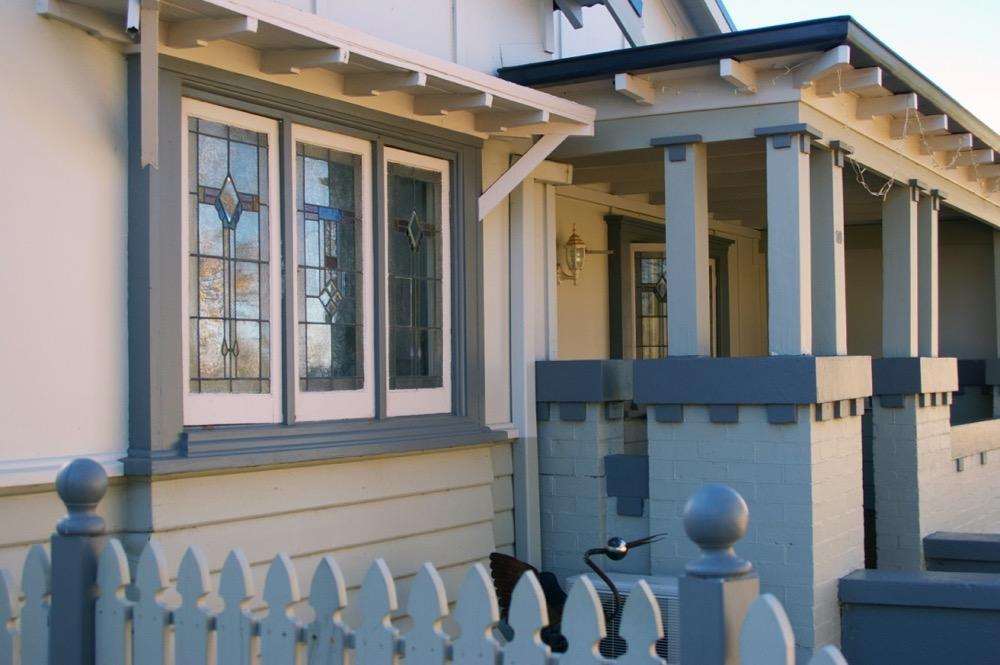 front veranda on weatherboard house in orange nsw